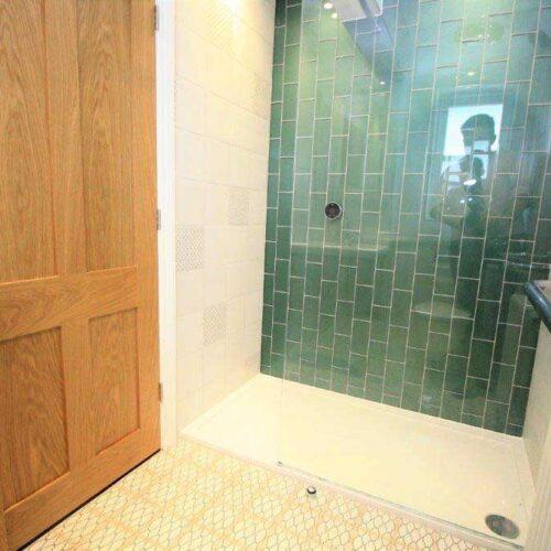 New-Victorian-Stle-Walk-in-Shower