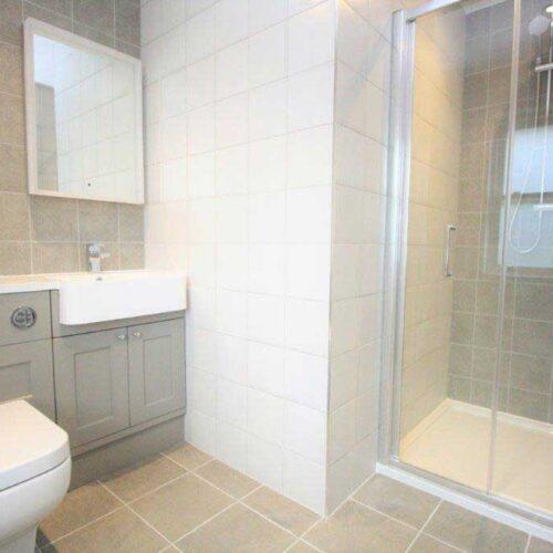 Stunning-NEw-Build-Bathroom