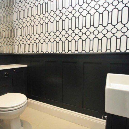 Victorian-style-bathroom
